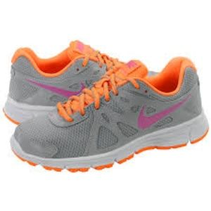 NIKE Revolution 2 Running Athletic Sneaker